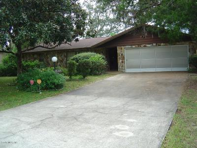 Ocala Single Family Home For Sale: 571 Bahia Circle