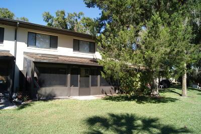 Citrus County Condo/Townhouse For Sale: 1637 SE Paradise Circle #103