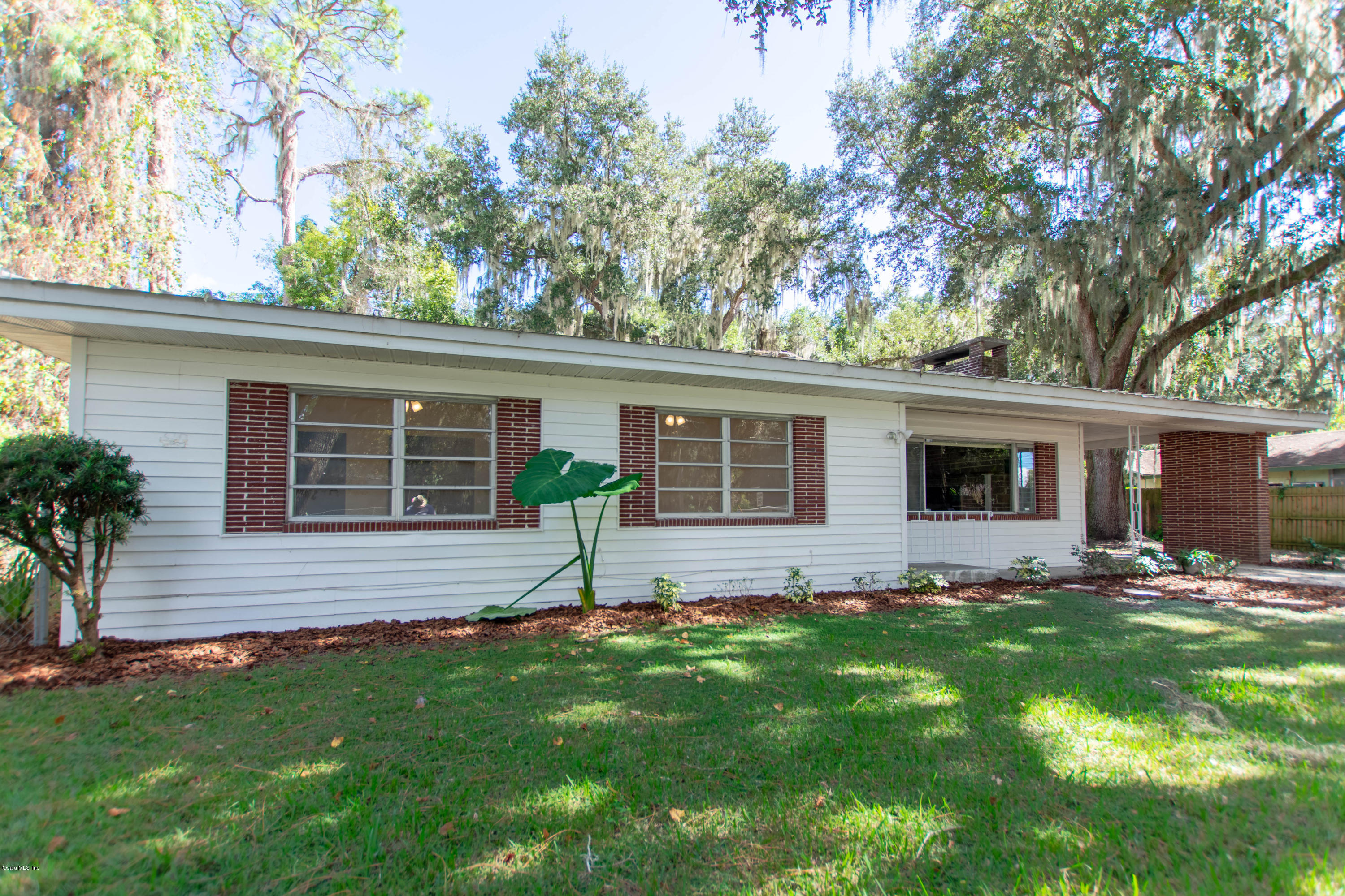 Awesome 12345 Se 135Th Court Ocklawaha Fl Mls 545112 Scott Interior Design Ideas Gresisoteloinfo