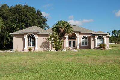 Silver Springs Single Family Home For Sale: 5885 NE 70th Street