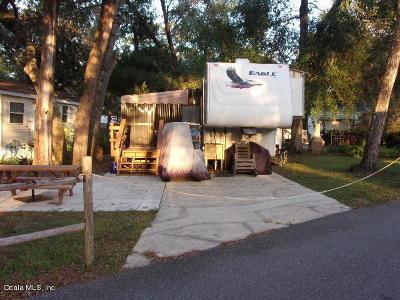 Salt Springs FL Mobile/Manufactured For Sale: $39,500