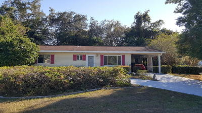Spruce Creek Single Family Home For Sale: 6498 SW 106th Place