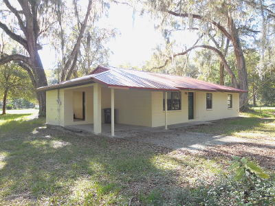 Levy County Single Family Home For Sale: 409 SE 6th Avenue