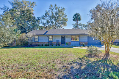 Ocala Single Family Home For Sale: 3240 SE 49th Place