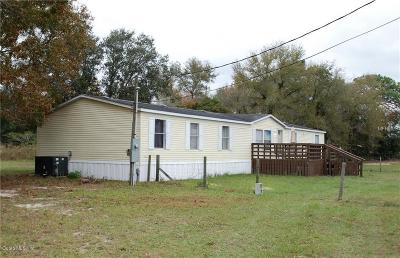 Belleview FL Single Family Home For Sale: $125,000