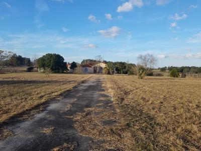 Anthony Farm For Sale: 1181 NE 105th Lane