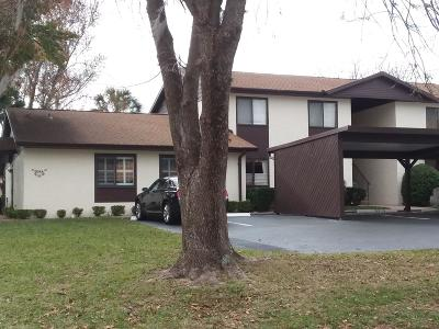 Ocala Condo/Townhouse For Sale: 527 Fairways Circle #A
