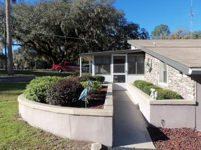 Dunnellon Single Family Home For Sale: 3073 W Cypress Drive