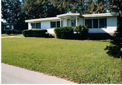 Ocala Mobile/Manufactured For Sale: 300 NE 63rd Court