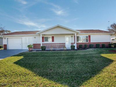 Summerfield FL Single Family Home Pending: $149,900