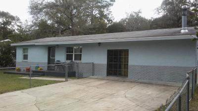 Single Family Home For Sale: 2329 NE 12 Court