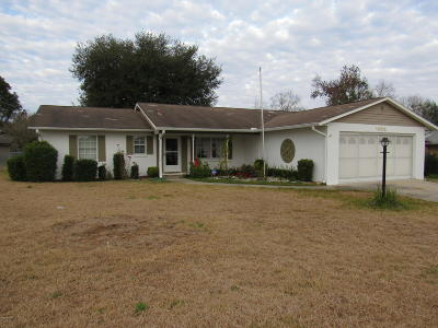 Belleview FL Single Family Home For Sale: $135,000
