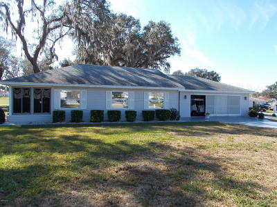 Summerfield FL Single Family Home Pending-Continue to Show: $139,900