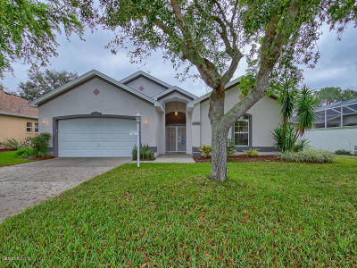 The Villages Single Family Home For Sale: 1110 San Antonio Lane