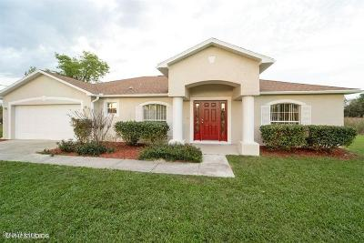 Ocala Single Family Home For Sale: 105 Juniper Loop Circle