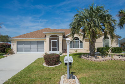 Ocala Palms Single Family Home For Sale: 5377 NW 19 Place