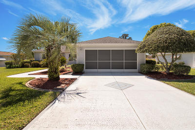 Summerfield FL Single Family Home For Sale: $160,000