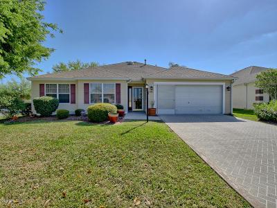 The Villages Single Family Home For Sale: 1309 Estrella Lane