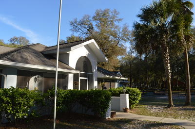 Ocala Single Family Home For Sale: 9555 SW 72 Court