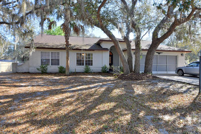 Ocala Single Family Home For Sale: 303 Oak Track Trail