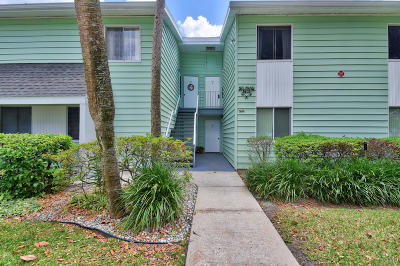 Ocala Condo/Townhouse For Sale: 560 Midway Drive #B
