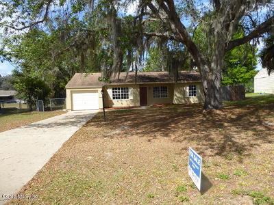 Ocala Single Family Home For Sale: 329 Oak Track Loop