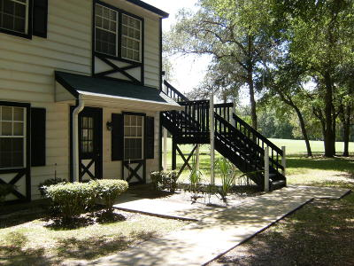 Ocala Condo/Townhouse For Sale: 7926 Midway Dr Terrace #S101