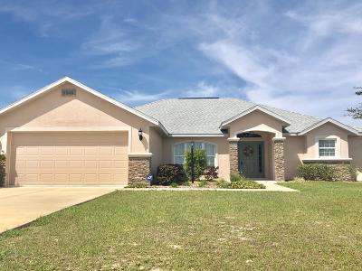 Meadow Glenn Single Family Home For Sale: 9948 SW 51st Avenue