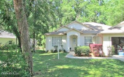 Rainbow Spgs Cc Single Family Home For Sale: 10040 SW 190 Court