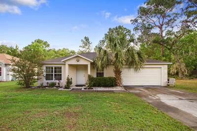 Ocala Single Family Home For Sale: 111 Marion Oaks Lane
