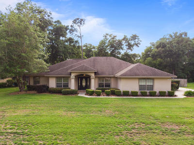 Ocala Single Family Home For Sale: 4964 SE 44th. Circle