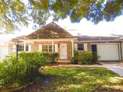 Ocala Condo/Townhouse For Sale: 8650 SW 92nd Place #B
