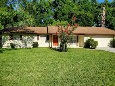 Single Family Home For Sale: 3620 SE 26 Ct.