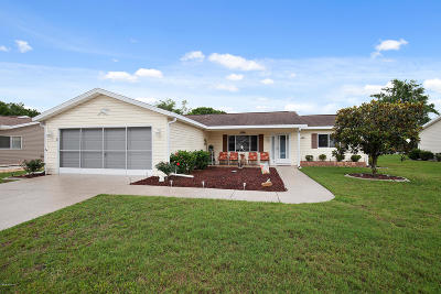 Summerfield FL Single Family Home Pending-Continue to Show: $159,900
