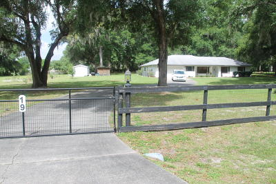 Ocala Single Family Home For Sale: 19 Carry Back Road
