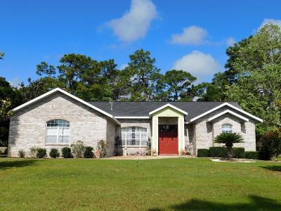 Silver Springs Single Family Home For Sale: 5592 NE 61 St Road
