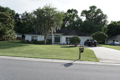Carriage Hill Single Family Home For Sale: 3434 SW 10th Terrace