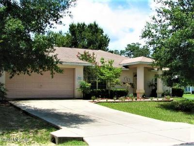 Silver Springs Single Family Home For Sale: 13020 NE 7th Loop