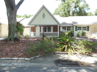 Ocala Condo/Townhouse For Sale: 8749 SW 92 Lane #B