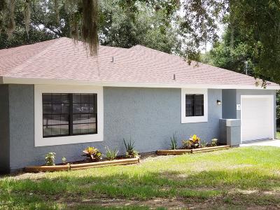 Single Family Home For Sale: 7 Cedar Trail