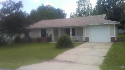 Ocala Single Family Home For Sale: 37 Oak Loop