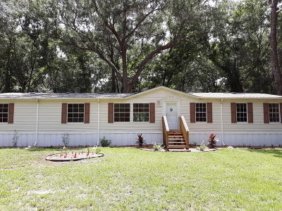 Mobile/Manufactured For Sale: 17355 NE 37th Court