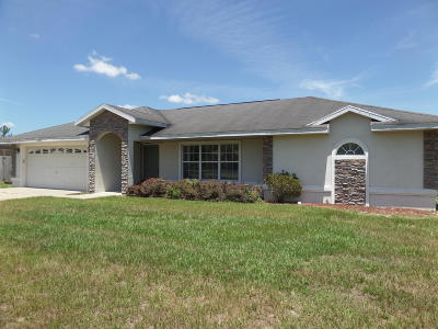 Ocala Waterway Single Family Home For Sale: 3947 SW 102 Pl.