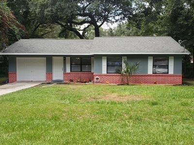 Ocala Single Family Home For Sale: 18 Redwood Trace
