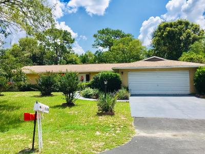 Ocala Single Family Home For Sale: 580 Silver Course Circle