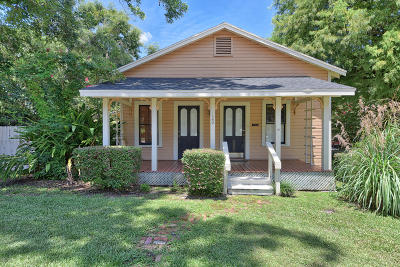 Single Family Home For Sale: 120 NE Sanchez Avenue