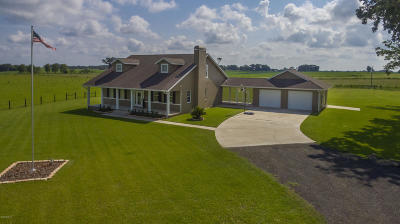 Marion County Farm For Sale: 1051 NW 217th Court