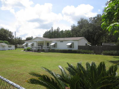 Silver Springs FL Single Family Home For Sale: $125,000