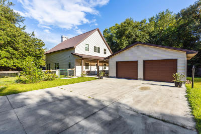 Silver Springs Single Family Home For Sale: 15098 NE 89th Place
