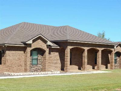 Navarre Single Family Home For Sale: Stillwater Cv
